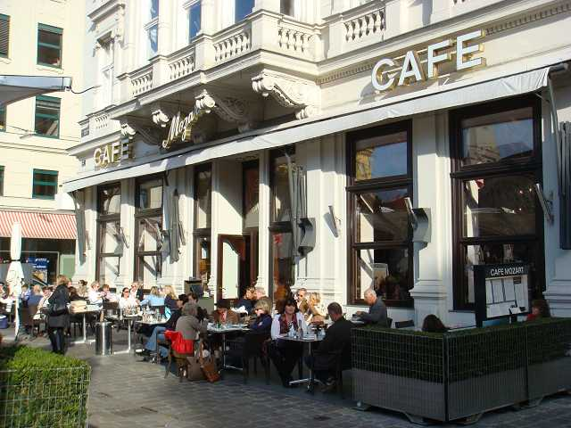 Cafe-Mozart